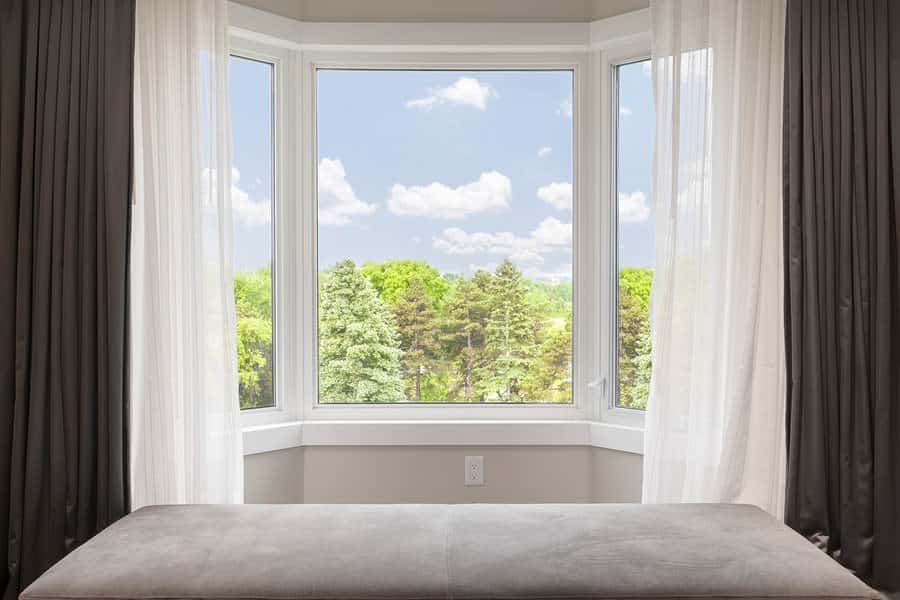 How To Revive The Room With Designer Bay Window Curtains
